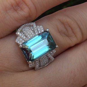18K White Gold Blue Topaz Diamond Radiant Cut Ring